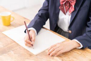 【パターン別】中学生の成績が下がる原因と対処法
